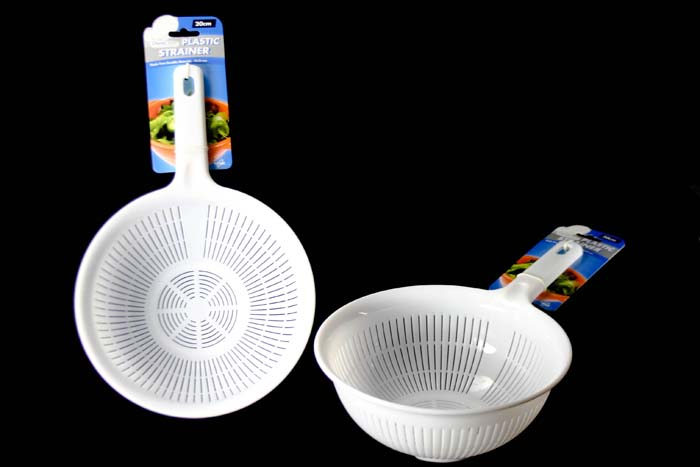 20cm Plastic Strainer with Handle
