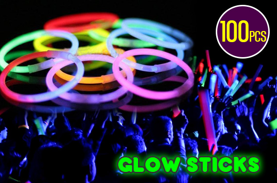 100 Mixed Colour Glow Sticks - Glow In The Dark